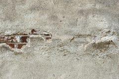 Emplastro velho do cimento e tijolo vermelho velho Foto de Stock