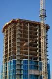 Emplazamiento de la obra concreto del Highrise Foto de archivo