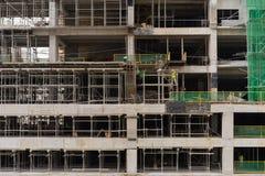 Emplazamiento de la obra inacabado del ` s del rascacielos foto de archivo libre de regalías