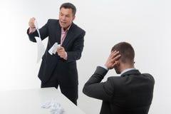Employé de bureau âgé par milieu dans le costume élégant Photos libres de droits