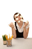 Employé de bureau ennuyé avec les notes collantes blanc Photo libre de droits