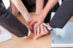 Employees like teamwork Royalty Free Stock Photos