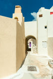 EMPORIO, GREECE-SEPTEMBER 02,2014: Via di Emporio, Santorini isl Immagine Stock