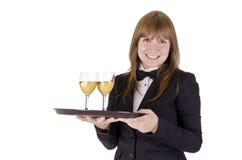 Empregada de mesa com uma bandeja de wineglasses Fotos de Stock Royalty Free