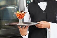 Empregada de mesa With Dessert Tray fotos de stock