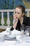 Empregada de mesa no trabalho Imagem de Stock