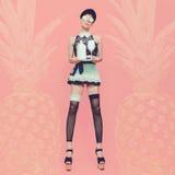 Empregada de mesa 'sexy' da senhora Parte traseira glamoroso do abacaxi da baunilha do estilo do partido Imagem de Stock