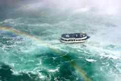 Empregada doméstica do barco da excursão da névoa Fotos de Stock Royalty Free