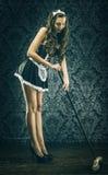 Empregada doméstica 'sexy' do vintage bonito, empregada doméstica Foto de Stock Royalty Free