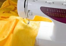 Emprego sewing de uma casa Imagem de Stock Royalty Free