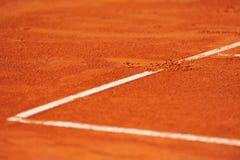 Empreinte de pas de ligne de base sur un court de tennis Image stock