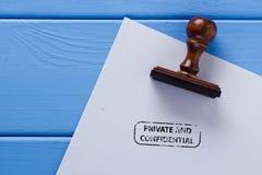 Empreinte de timbre d'un privé et confidentiel Photos stock