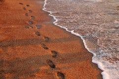 Empreintes de pas sur le sable Photo libre de droits