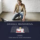 Empresário Conc da posse dos produtos do nicho de mercado da empresa de pequeno porte imagem de stock royalty free