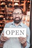Empresário que estabelece seu negócio novo no serviço de alimentação imagem de stock