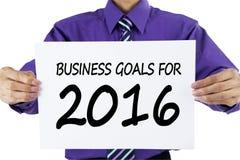 Empresário que mostra objetivos de negócios para 2016 Fotografia de Stock