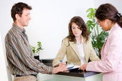 Empresários no escritório Fotografia de Stock