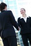 Empresários que agitam as mãos Imagem de Stock Royalty Free