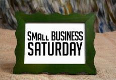 A empresa de pequeno porte sábado wrriten no quadro foto de stock royalty free