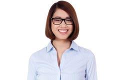 Empresaria asiática atractiva acertada joven Fotos de archivo