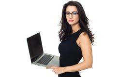 Empresaria con el ordenador portátil Fotos de archivo libres de regalías