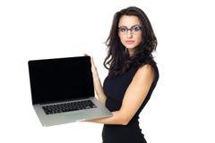 Empresaria con el ordenador portátil Imágenes de archivo libres de regalías
