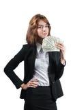 Empresaria con el taco del dinero en sus manos imagen de archivo