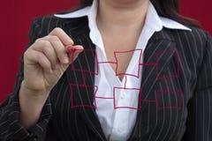 Empresaria con la carta roja del gráfico Fotos de archivo libres de regalías