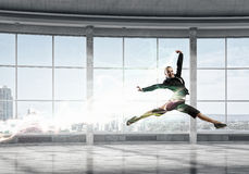 Empresaria del baile en oficina Técnicas mixtas Foto de archivo libre de regalías