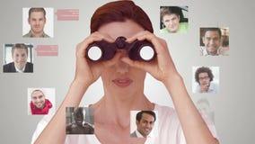 Empresaria que busca para los nuevos empleados almacen de metraje de vídeo