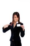 Empresaria que empuja una tarjeta que la señala Imagenes de archivo