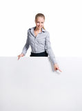 Empresaria que se coloca detrás de espacio en blanco Fotos de archivo libres de regalías