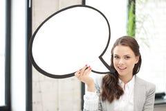 Empresaria sonriente con la burbuja en blanco del texto Fotos de archivo