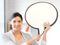 Empresaria sonriente con la burbuja en blanco del texto Imágenes de archivo libres de regalías