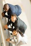 Empresarios que miran para arriba Imagenes de archivo