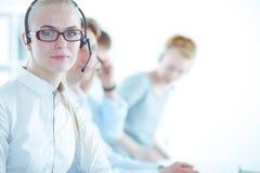 Empresarios y colegas jovenes positivos atractivos en una oficina del centro de atenci?n telef?nica businesspeople fotografía de archivo