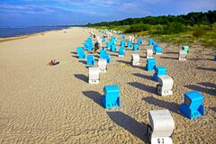 Free Empty Baltic Sea Beach, Ahlbeck Resort, Usedom, Germany Stock Photo - 194649240