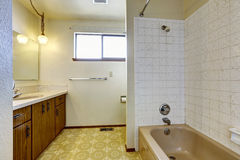 Empty bathroom interior in old house Royalty Free Stock Photography