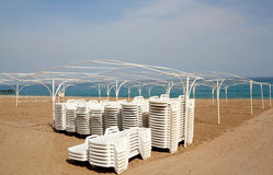 Empty beach with sun lounger Royalty Free Stock Photos