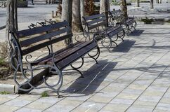 Free Empty Benches In A City Square Stock Photography - 176946982