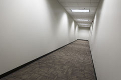 Empty commercial hallway_1 Royalty Free Stock Photography