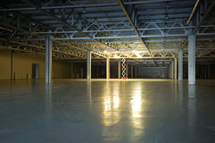 Empty dark storehouse Royalty Free Stock Photography