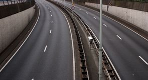 Empty freeway. A freeway without any traffic Royalty Free Stock Photography