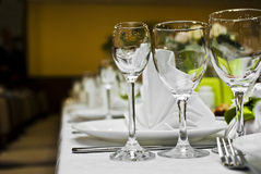 Empty glasses in restaurant Royalty Free Stock Photography