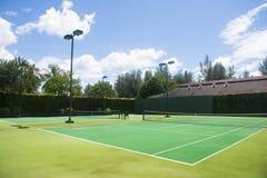 Empty green tennis court Royalty Free Stock Photos