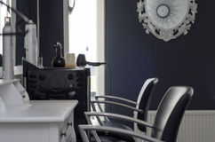 Empty hairsalon with two chairs Royalty Free Stock Photography