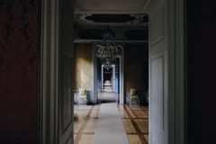 Empty Hallway Under Chandelier at Daytime Royalty Free Stock Images