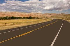 Empty highway in desert Royalty Free Stock Images