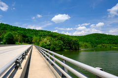 Empty highway. In Pennsylvania at sunny summer day Royalty Free Stock Photos