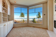 Empty ivory room with amazing window view Royalty Free Stock Photography